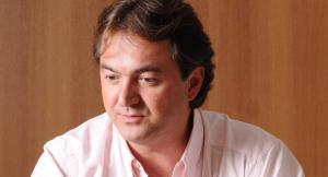"""ÁUDIO: dono da JBS diz a Temer que está """"segurando"""" dois juízes"""
