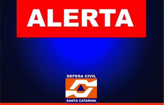 Defesa Civil emite alerta sobre temporais em Santa Catarina