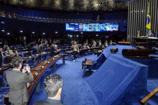 Senado aprova isenção do PIS/Cofins sobre o óleo diesel