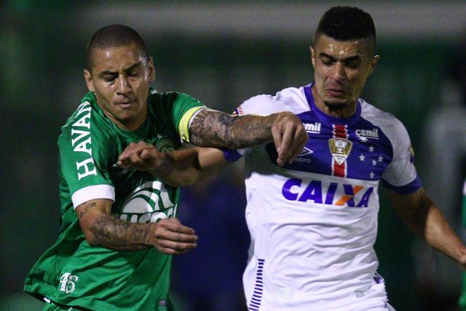 VÍDEO: Chapecoense vence o Cruzeiro e se afasta do Z4