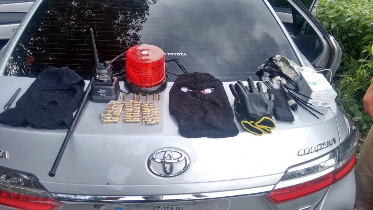 Operação recupera veículos e objetos que seriam usados em crimes na região