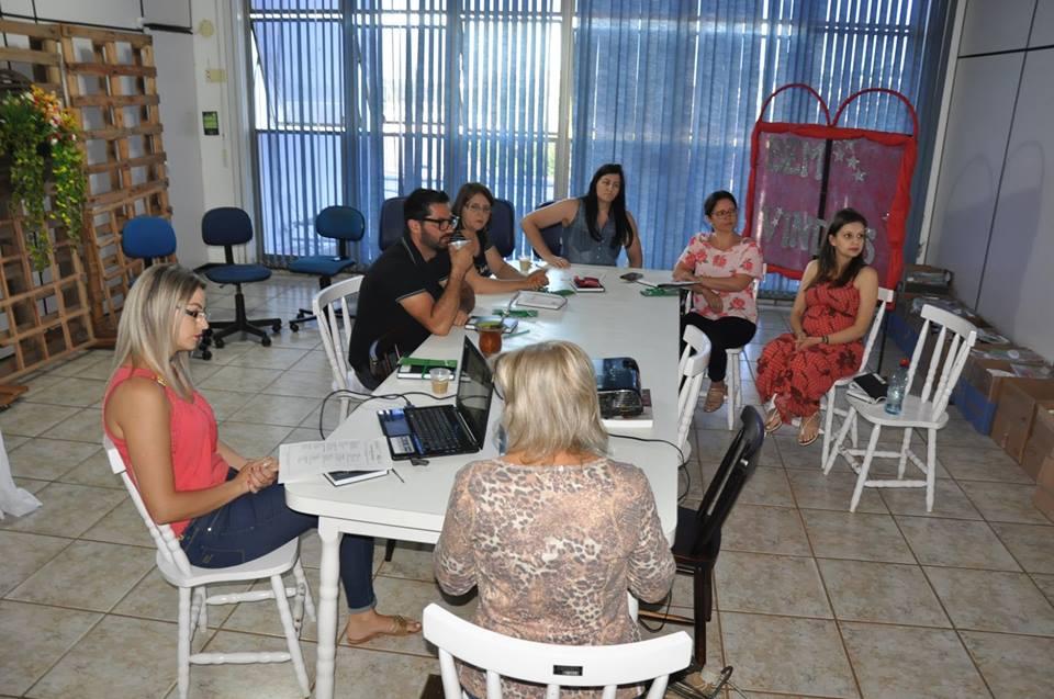 Professores iniciam encontros para planejar ano letivo