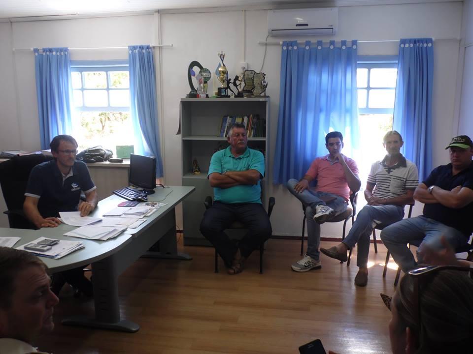 Prefeitura discute melhorias em estrada que liga Romelândia e Anchieta