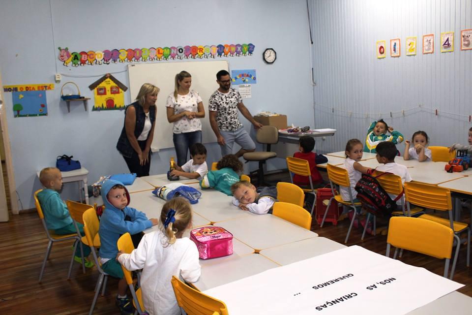Volta às aulas movimenta municípios da região nesta semana