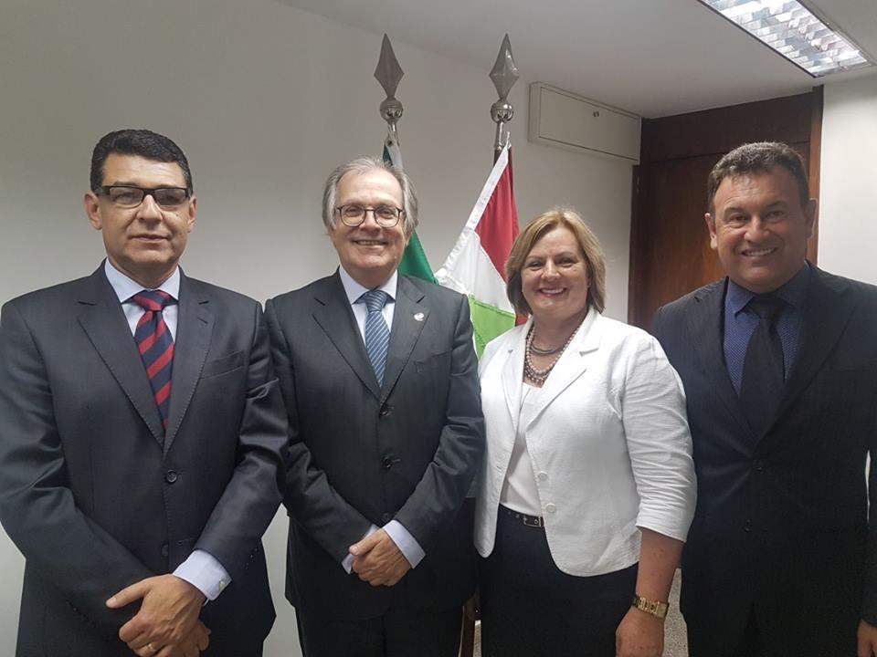 Comitiva retorna de Brasília com R$ 500 mil garantidos para São José do Cedro