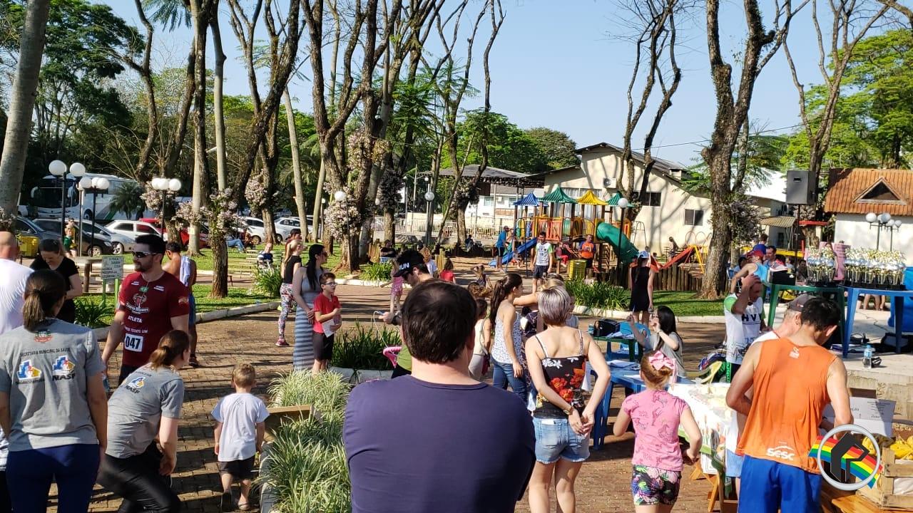 Evento na Praça reúne grande público em Itapiranga