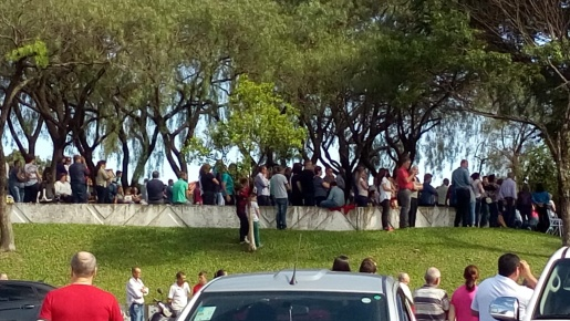 Fiéis lotam a celebração de Finados em São José do Cedro