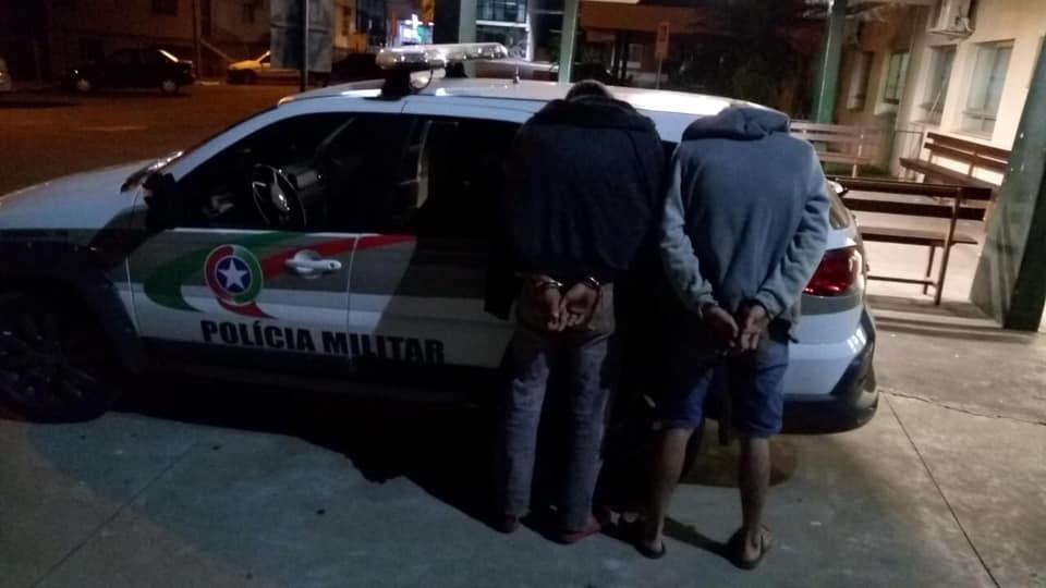 Traficantes são presos e droga é apreendida em ação conjunta da Polícia Militar