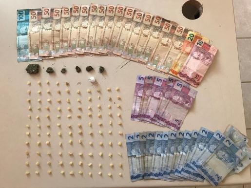 Adolescente é preso portando cocaína e maconha em Chapecó