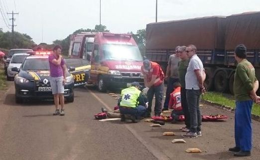 Pedestre fica ferida em atropelamento na BR-163