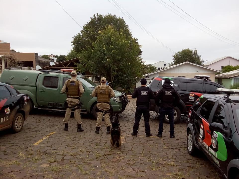 """Polícia Civil de São Miguel do Oeste participa de Operação """"anjos da Lei"""" e prende traficante"""