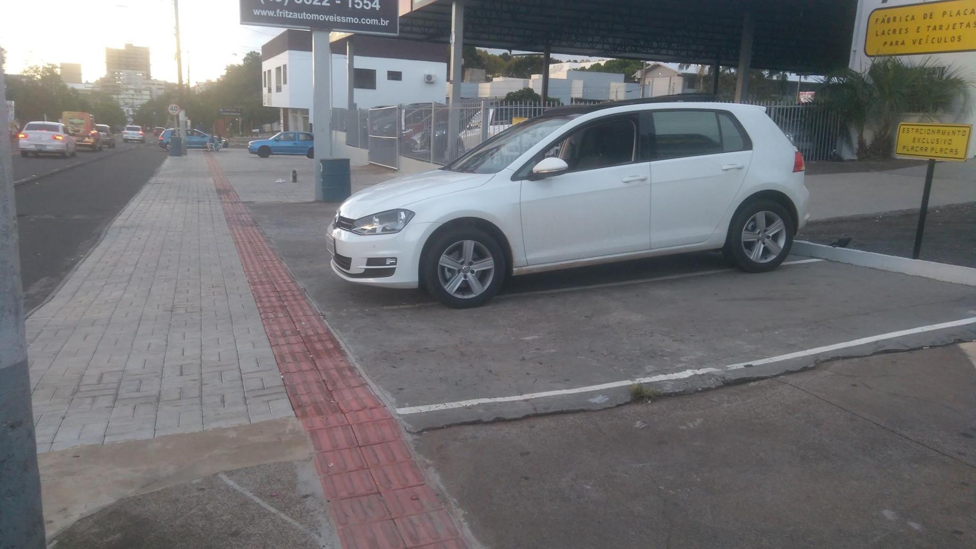 Projeto autoriza uso de recuo frontal em frente a empresas do município