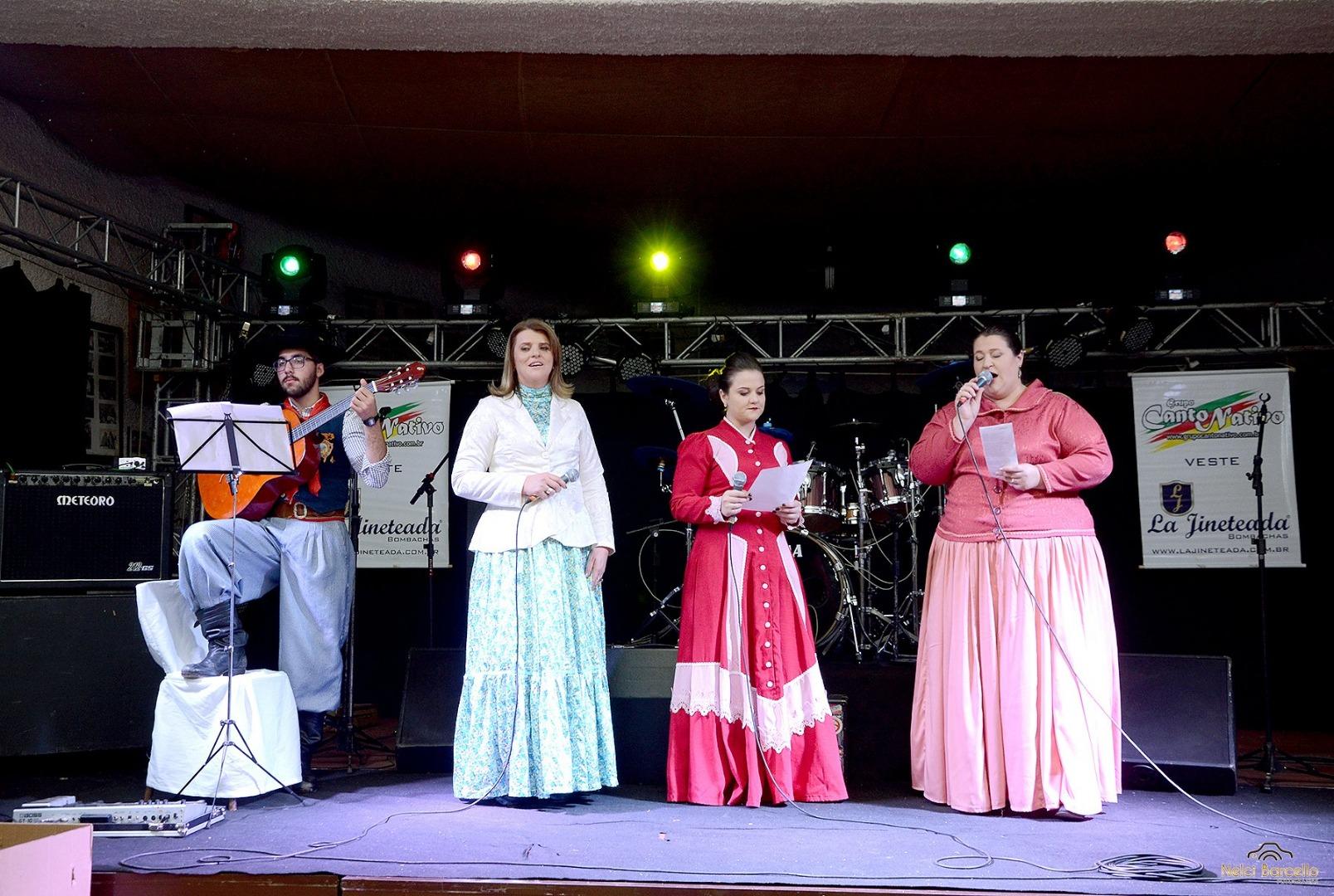 CTG Porteira Aberta realiza jantar em homenagem aos pais e apresentações artísticas