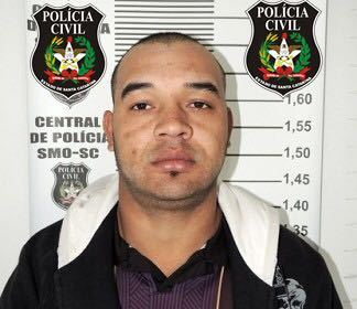 Condenado a mais de três anos de reclusão é preso