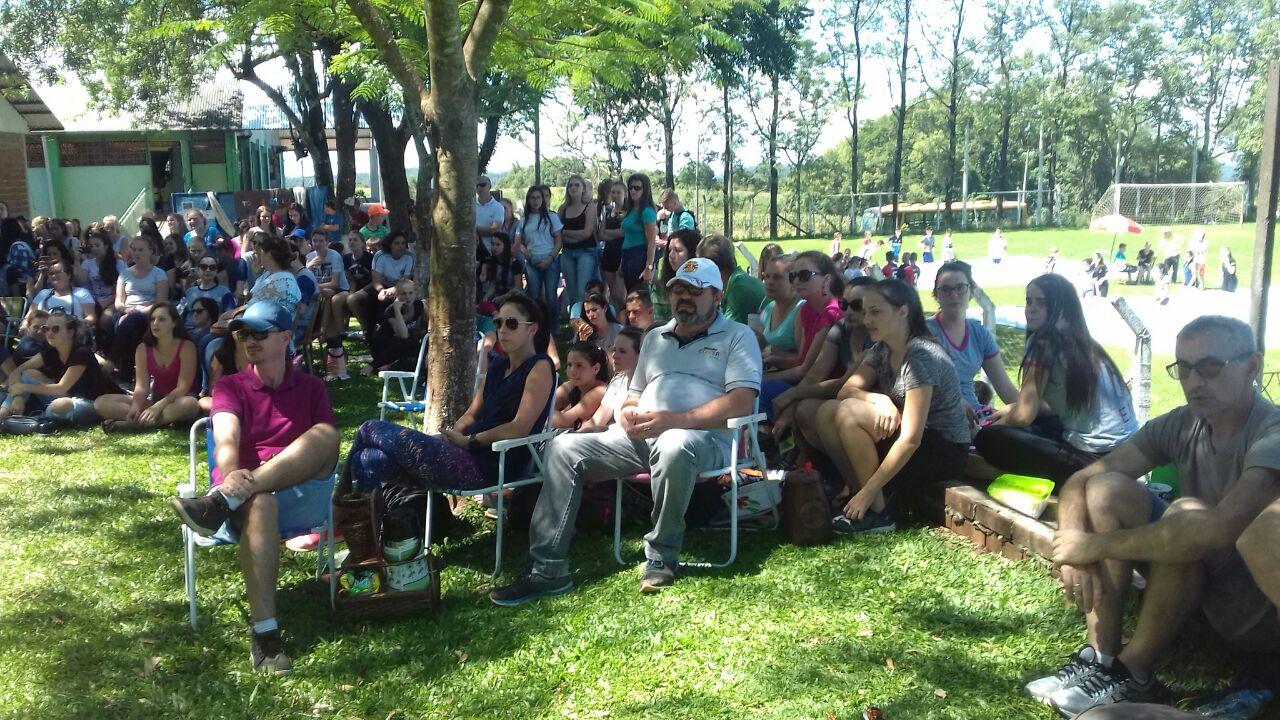 Escola de São Lourenço sedia 1º Intercâmbio Cultural do Ensino Médio Inovador