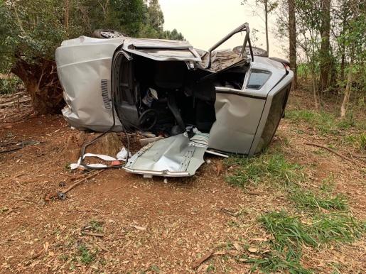 Uma pessoa morre e três ficam feridas em grave acidente na BR-282