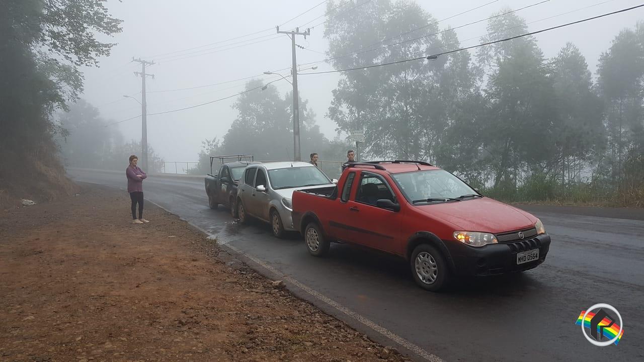 Acidente envolve três veículos na ITG 070 em Itapiranga