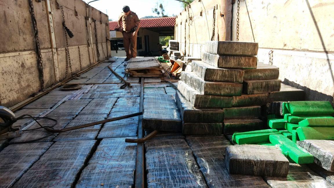 Quase duas toneladas de maconha são apreendidas