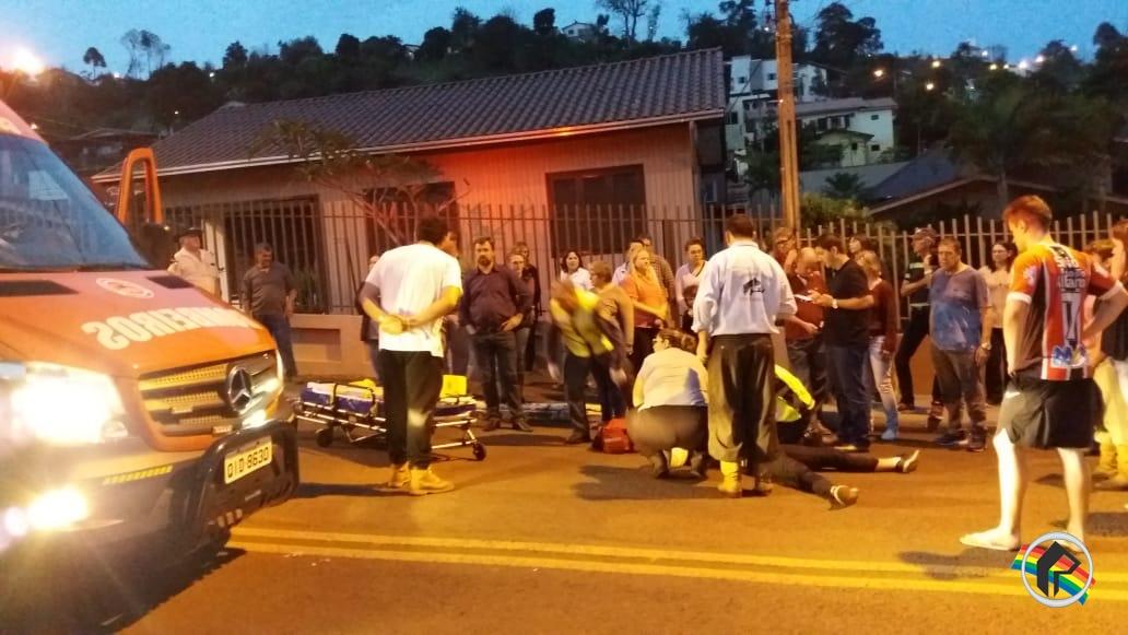 Acidente deixa motoqueiro ferido no centro