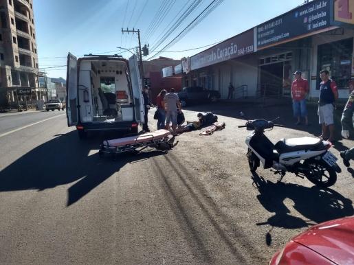 Colisão entre motos deixa mulher ferida em São José do Cedro