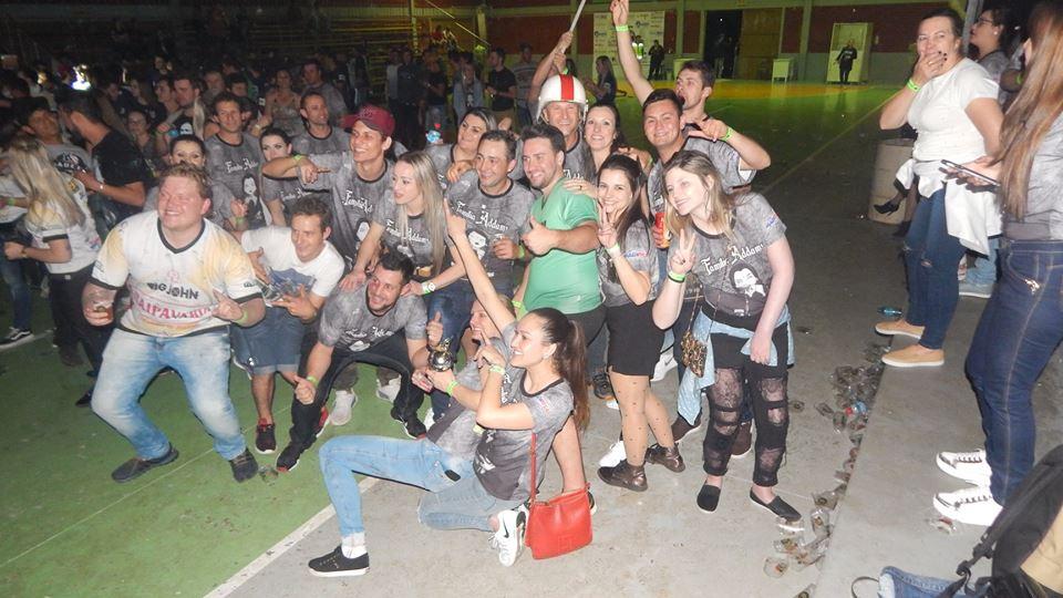 Família Addams vence 15ª Gincaract de Descanso