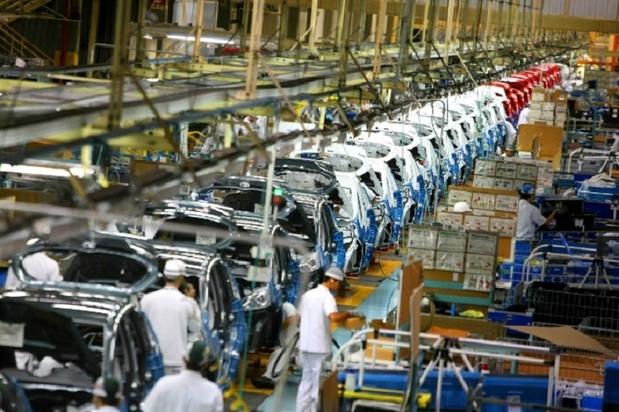 Vendas de veículos caem 17,1% em abril ante março, diz Anfavea