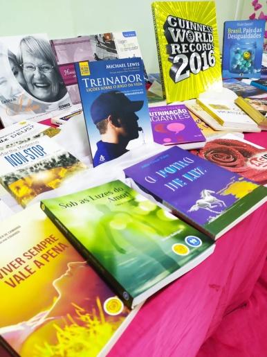 Biblioteca de São Miguel do Oeste recebe 500 livros em doação