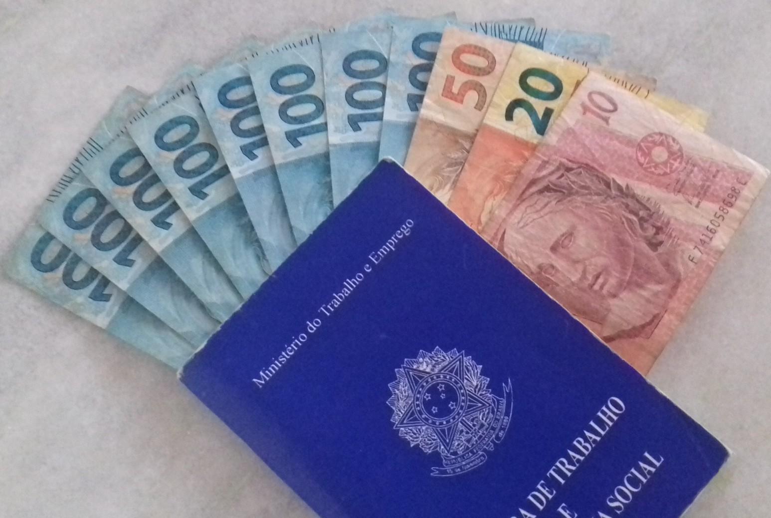 Salário mínimo de R$ 998 para 2019 é aprovado pelo Congresso