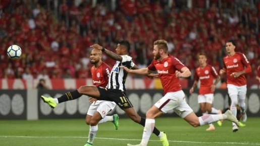 VÍDEO: Inter e Santos ficam no 2 a 2 pelo Brasileirão