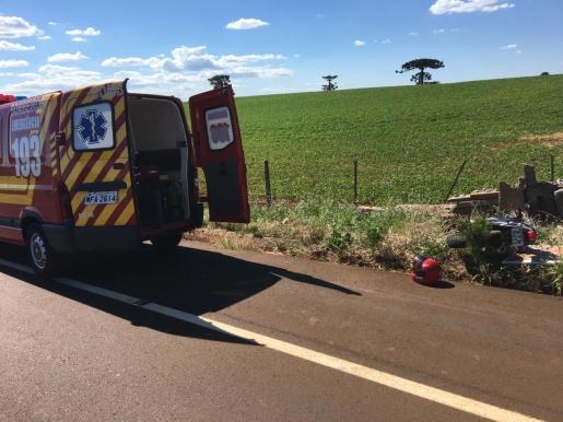 Motociclista fica ferido em colisão na SC 305