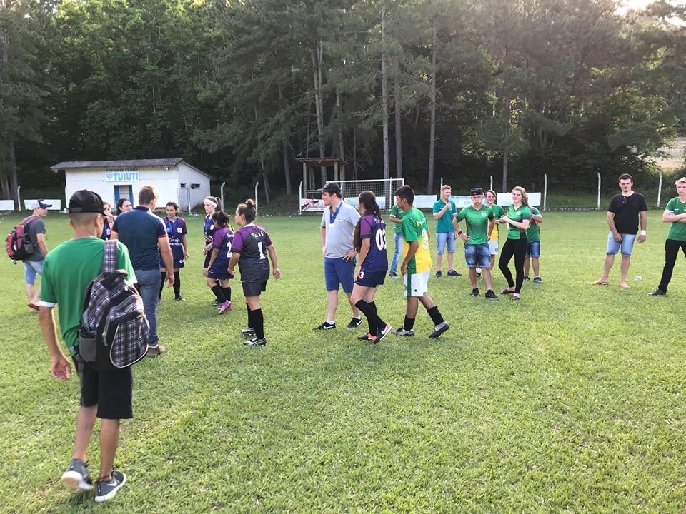 Casa Familiar Rural de Cedro conquista troféus nos Jogos da Integração