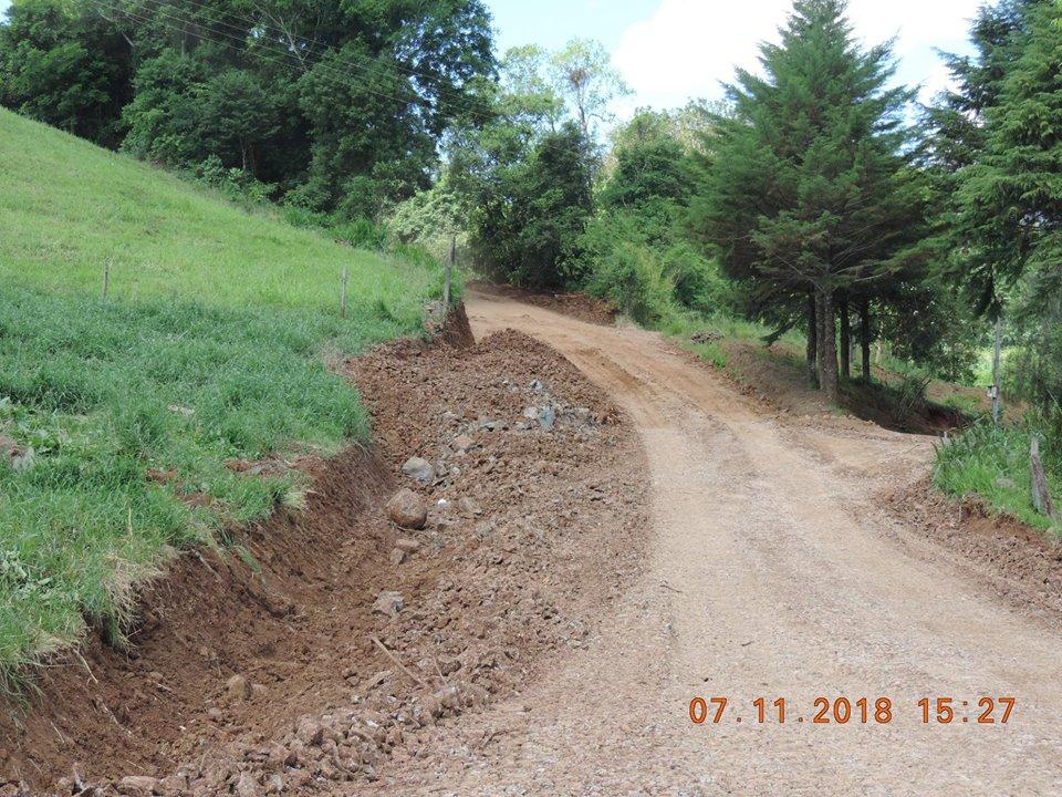 Estradas do interior de Bandeirante recebem melhorias