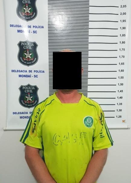 Polícia de Mondaí e Riqueza prende homem por descumprir medidas protetivas