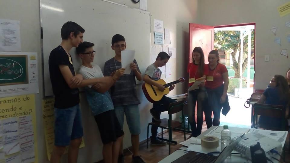 Capacitação Crescendo e Aprendendo mobiliza 75 jovens de Anchieta