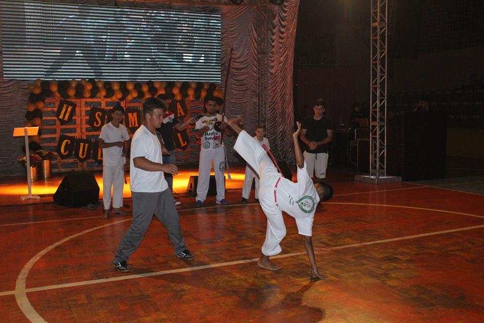 Apresentações de escolas marcam abertura da 2ª Semana da Cultura em São José do Cedro