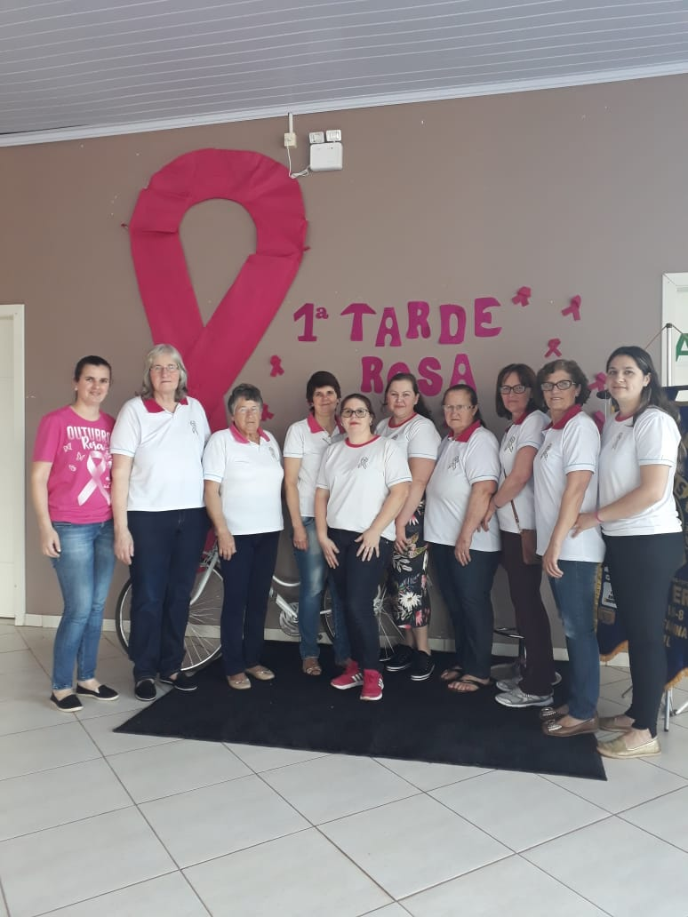 Primeira Tarde Rosa em Campo Erê reúne mais de 200 mulheres