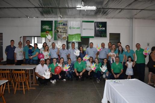 Almoço da cooperação arrecada mais de R$ 17 mil para APAE e hospital de Iporã do Oeste