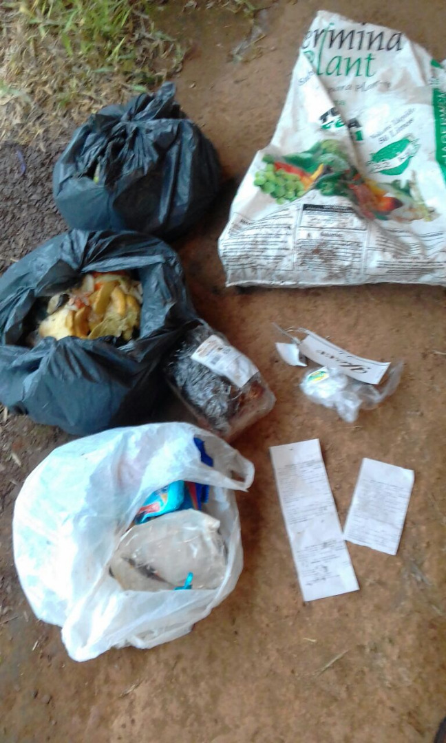 Morador denuncia abandono de lixo em propriedade agrícola