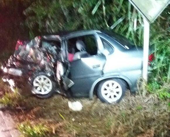 Três pessoas morrem em grave colisão na SC-283