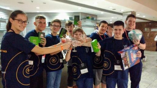 Aluna do CIEF de Iporã do Oeste recebe medalha de ouro na Olimpíada Brasileira de Matemática