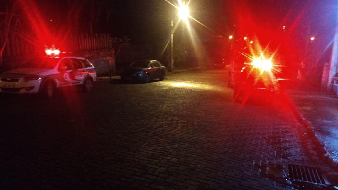 Polícia identifica irregularidades em estabelecimento durante operação