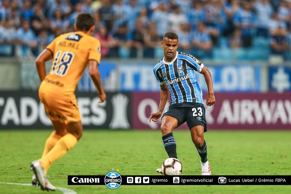VÍDEO: Grêmio vence o Rosario Central e segue vivo na Libertadores
