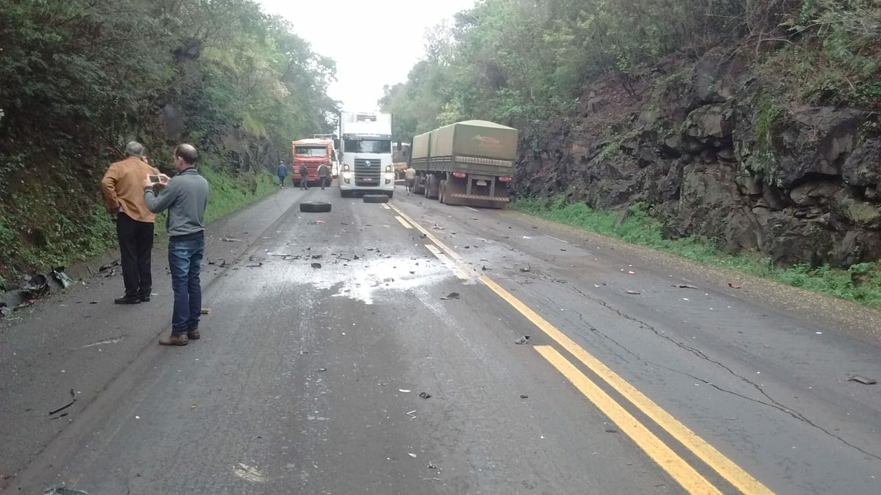 Ex-deputado Caito Quintana se envolve em acidente em Ampére/PR
