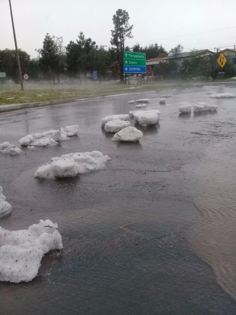 Tempestade de gelo atinge Lages