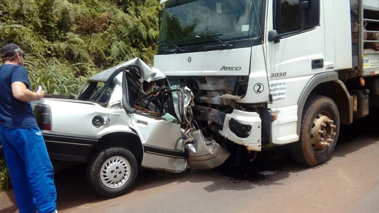 Colisão frontal mata motorista na SC-480