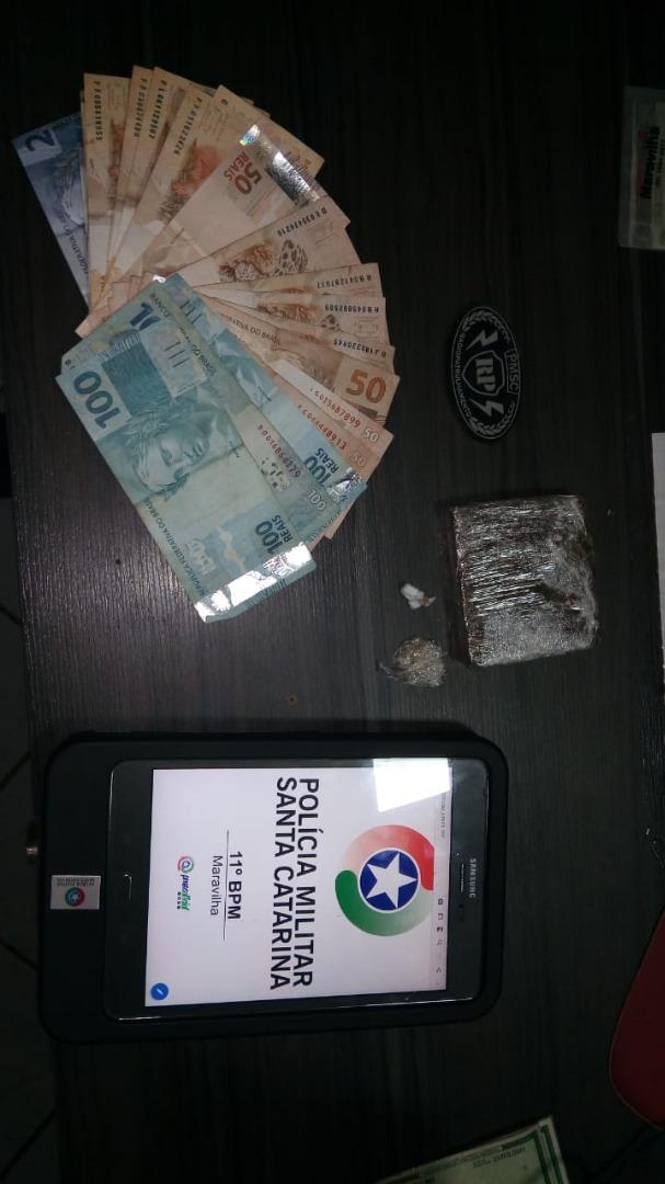 Polícia Militar desarticula ponto de tráfico de drogas