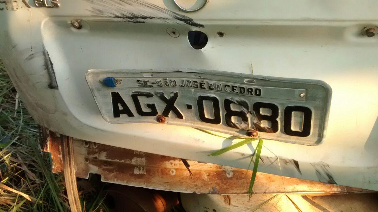 Colisão lateral deixa motorista ferido na BR-163