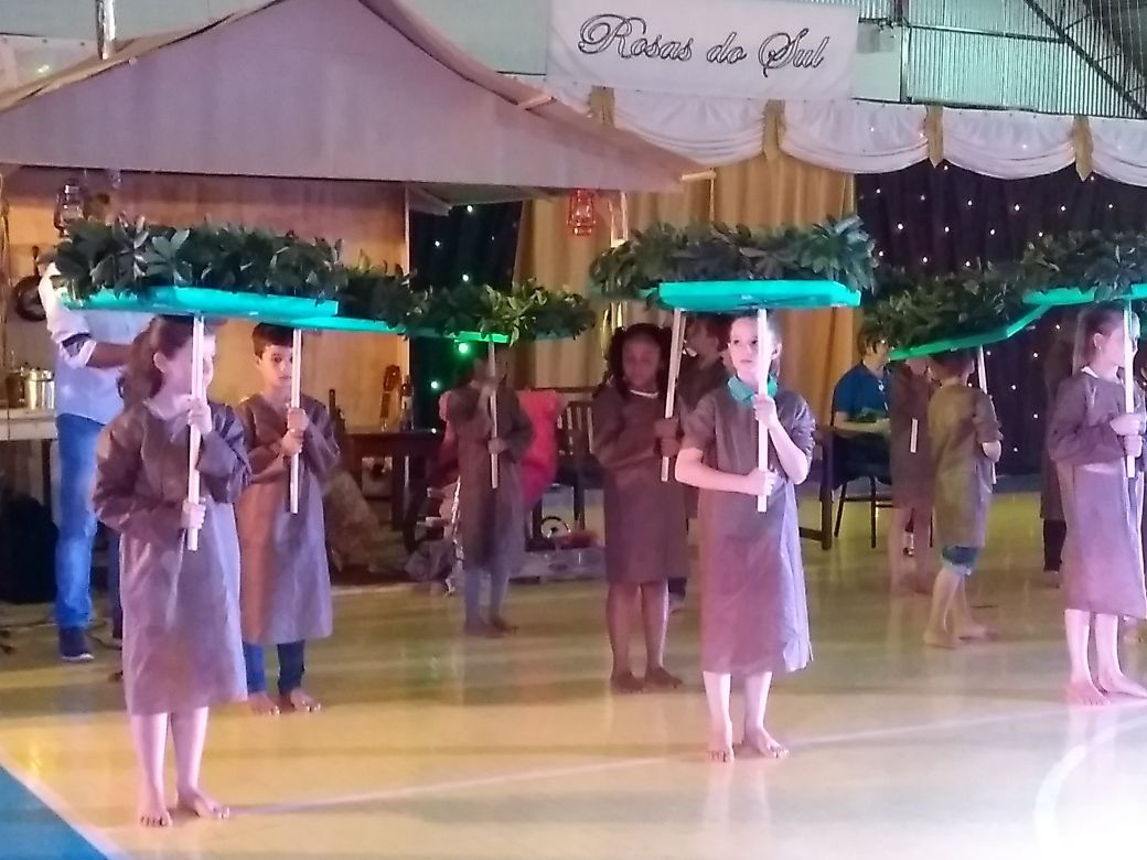 Público lota ginásio de Guarujá do Sul para Noite Cultural