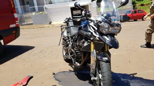 Motociclista fica ferido em acidente no centro de Dionísio Cerqueira