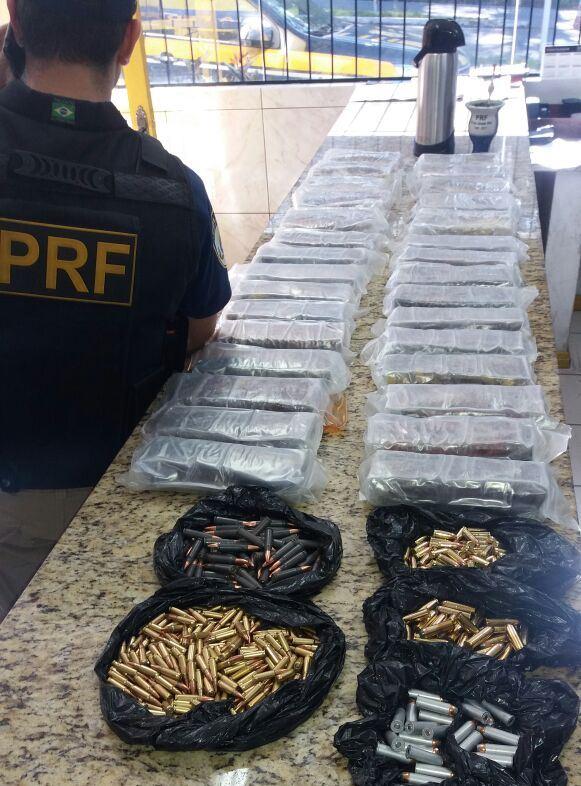 Motorista da região é preso com 25 kg de cocaína e quase 400 munições de uso restrito
